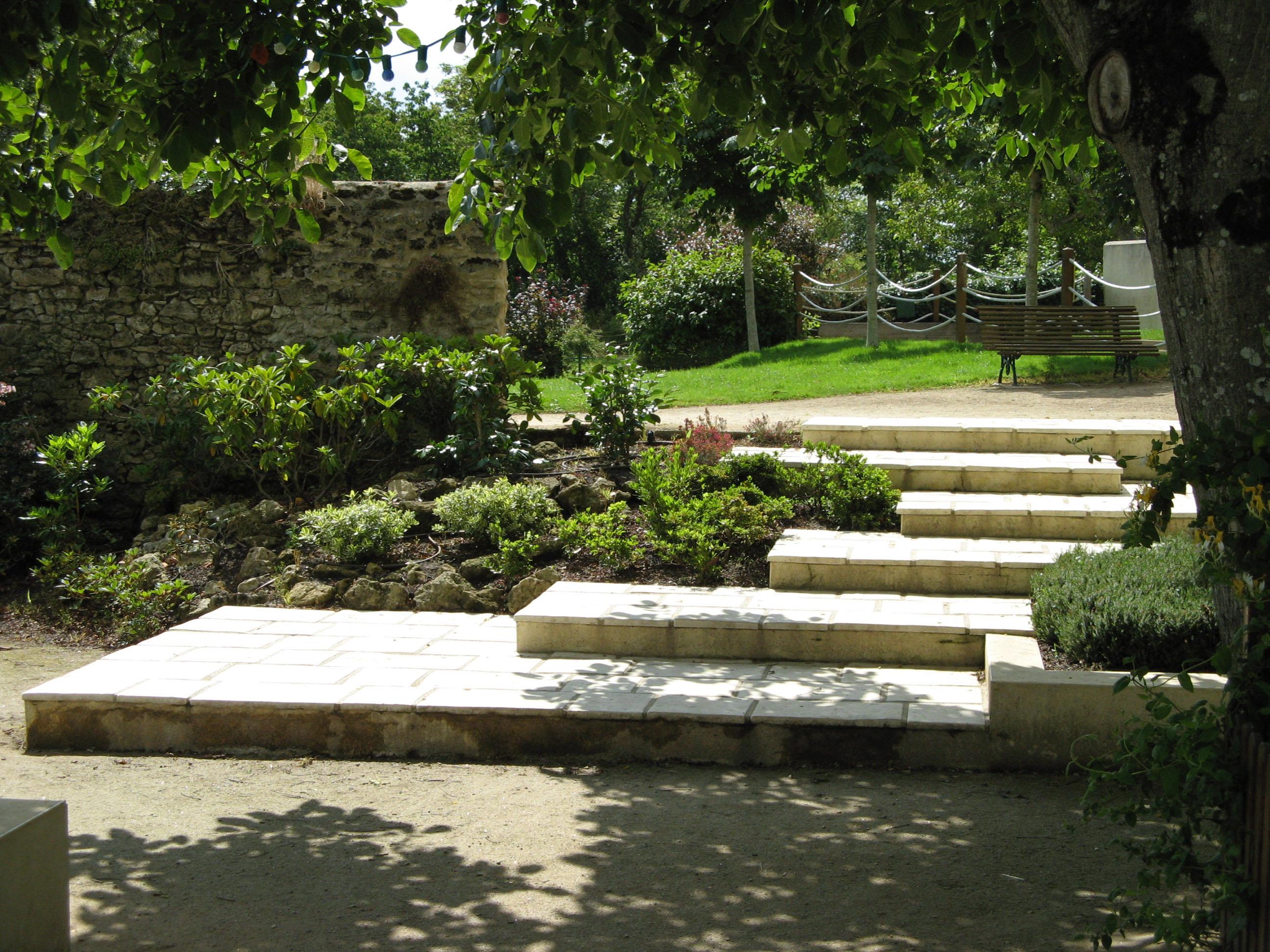 Pro paysage pro paysage conception am nagement for Conception de jardin dans le paysage